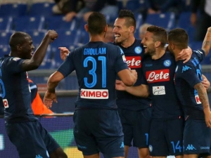 SERIE A│Napoli scoppiettante e una Juve sorniona restano da sole in testa alla classifica, Inter staccata di due punti